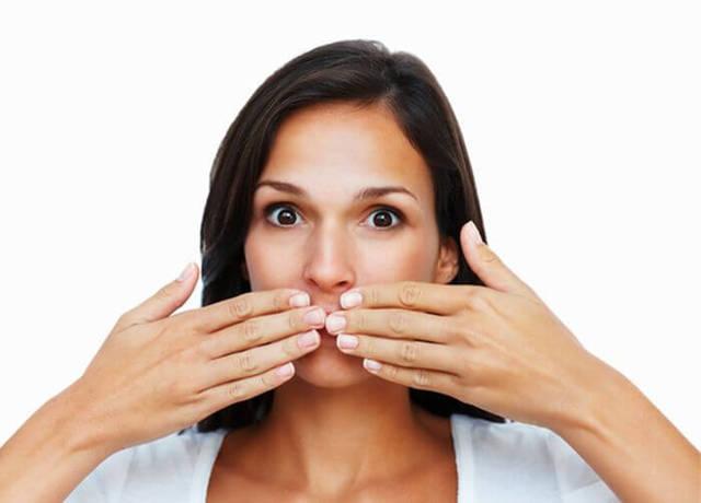 Вредно ли дышать перегаром другого человека?