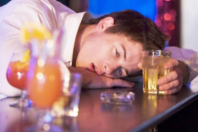 Как алкоголь при температуре воздействует на человеческий организм?