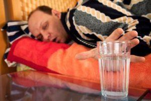 Что помогает от похмелья в домашних условиях?