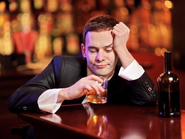 Сиалис и алкоголь – можно ли принимать препарат с выпивкой?