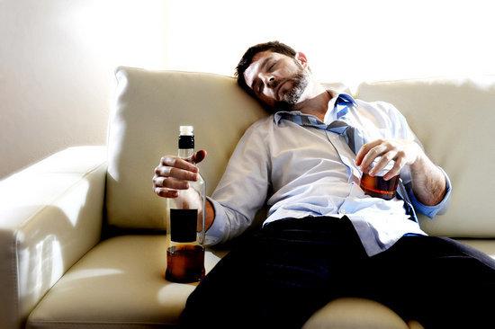 Как заставить мужа закодироваться от алкоголя и побороть пьянство?