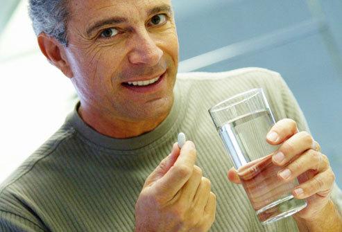 Динамико и алкоголь – можно ли принимать таблетки вместе с выпивкой?
