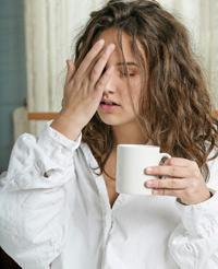 Как отходить от похмелья самостоятельно в домашних условиях?
