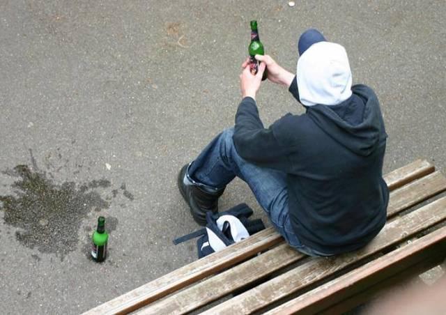 Нахождение в нетрезвом виде в общественном месте и предусмотренный штраф