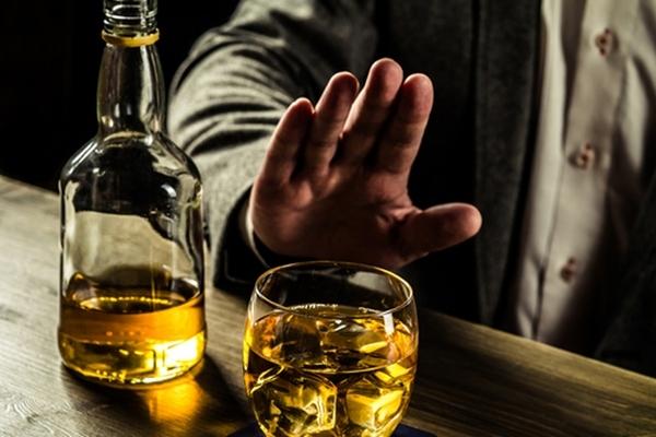 Можно ли пить алкоголь после татуировки и почему нельзя употреблять спиртное перед тату?