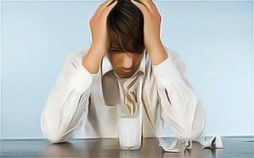 Помогает ли нашатырь от похмелья и как принимать его так, чтобы не навредить себе?