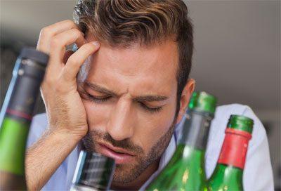 Янтарная кислота при похмелье: помогает ли против опьянения и как принимать?