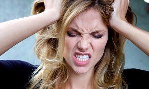 Почему появляется горечь во рту с похмелья?