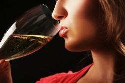 Джес и алкоголь – можно ли пить спиртное во время применения препарата?