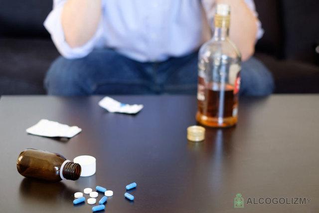 Средства которые помогут справиться с алкогольной зависимостью