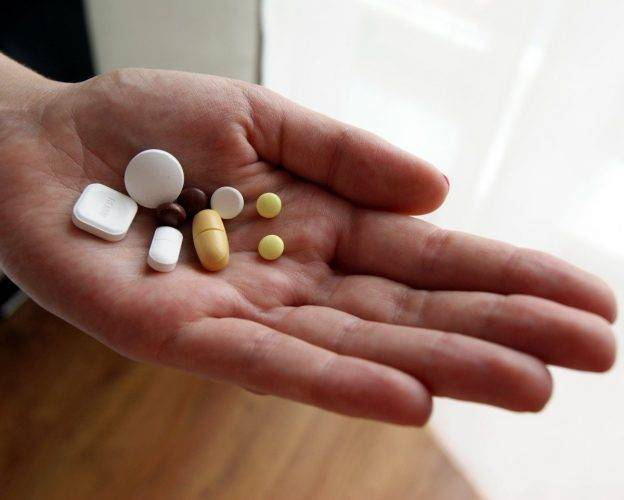 Азитромицин и алкоголь – через сколько можно пить спиртное при приеме антибиотиков?