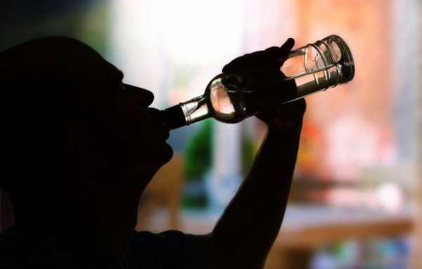 Как вести себя с алкоголиком в семье – советы психолога
