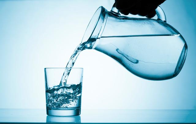 Сушняк после алкоголя – почему хочется пить при похмелье?
