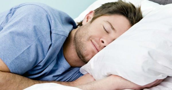 Чтобы не было похмелья на следующий день, нужно знать, как правильно проснуться