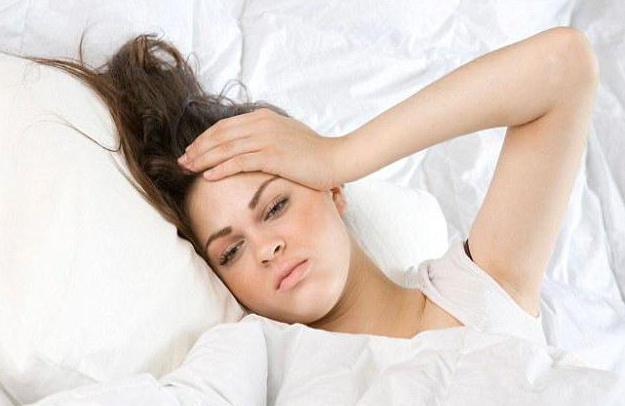 Голова болит утром, как с похмелья, но человек не пил