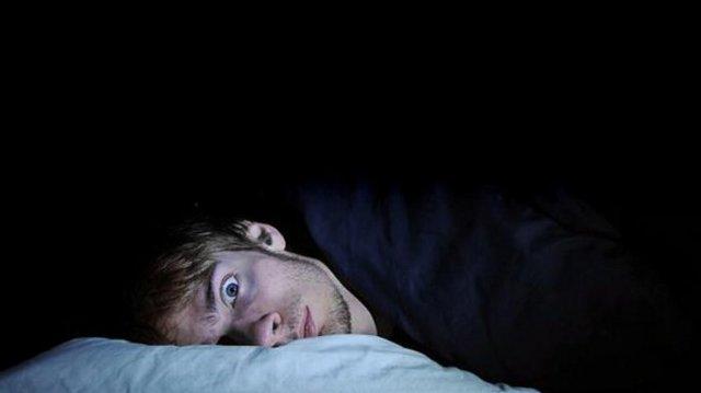 Почему с похмелья снятся кошмары и возникают страхи?