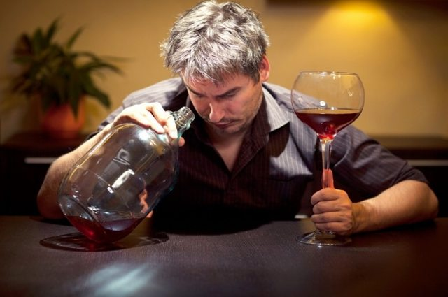 Как быстро избавиться от алкоголя – вывод из алкогольного опьянения