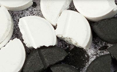 Активированный уголь при похмелье – как правильно принимать средство?