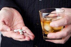 Мовалис и алкоголь – можно ли пить во время лечения?