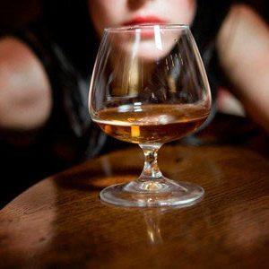 Характеристика легкой, средней и сильной степени алкогольного опьянения в промилле