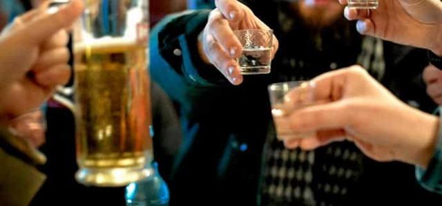 Фосфоглив и алкоголь – можно ли принимать препарат вместе со спиртным?