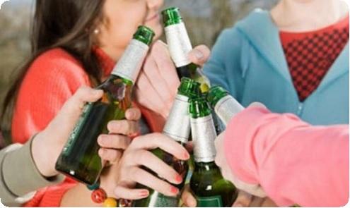 Бытовое пьянство и алкоголизм – чем они отличаются?