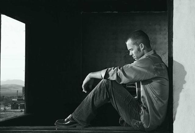 Почему с похмелья темная моча – причины появления красной урины после пьянки