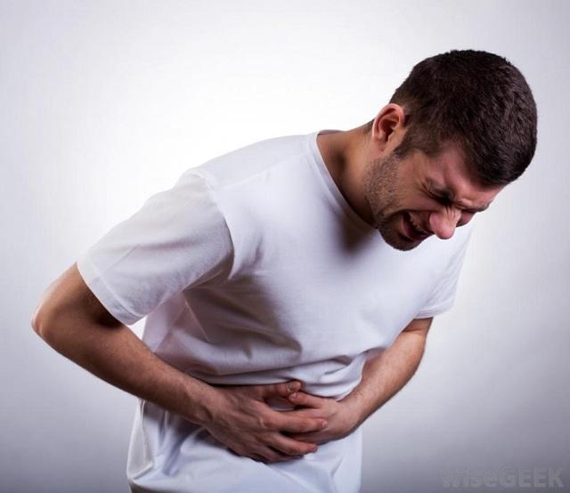 После пьянки болит правый бок – почему возникают боли с похмелья?