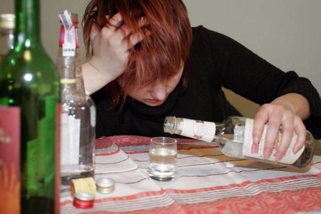 Спиртное при гриппе – можно ли пить алкоголь, когда болеешь простудой?